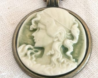 Vintage Inspired Mixed Metal Cameo Necklace