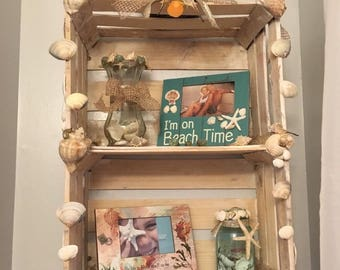 Beach themed shelf
