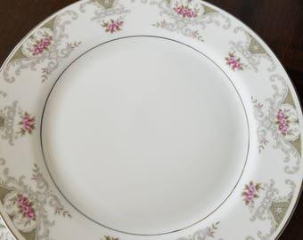 Vintage Alberon (4144) Dinner Plates