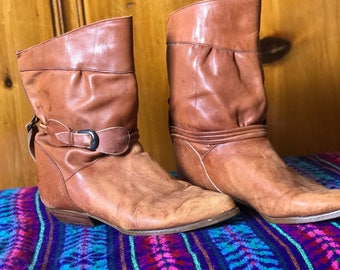 Vintage size 7 womens bohemian leather boots
