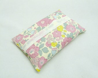 Case to put tissue packs to flower, Liberty Betsi Pastel fabric