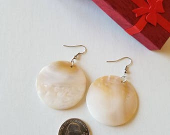 Mother of Pearl earrings, 39mm Big, Pearl earrings, Natural earrings, shell earrings, Big earrings.