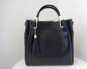 BAG WITH TASSEL