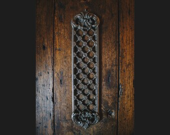 Cast Iron Push/Finger Plate with a Traditional Rustic Victorian Design (Lattice Style)