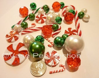 40 Christmas Floating Candyland Green Pearls, Red Pearls & White Pearls , Metallic Beads, Candy Gems, and Candy Canes Vase Fillers