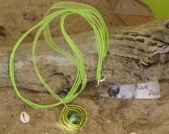 Necklace ethnic green