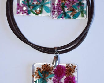 Real flowers necklace and earrings