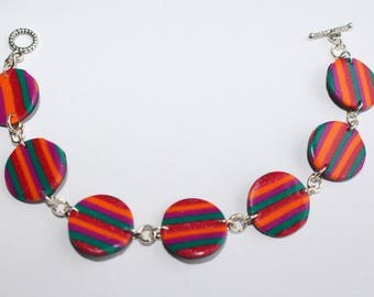 Bracelet multi-color 7 round medallions