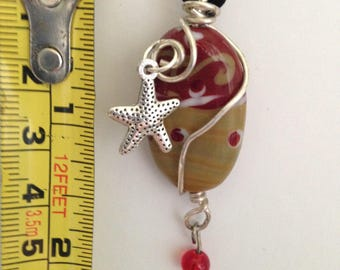 Glass  Wire Wrapped Starfish Charm Bead Necklace.