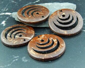 2 pendants round coconut wood