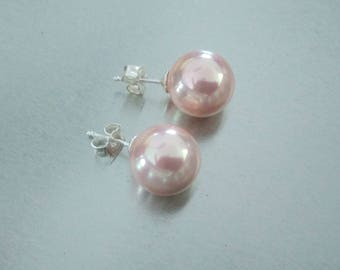 Stud Earrings with Pearl shell Pearl 12 mm in pink