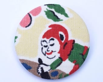 Fabric covered badge with 1950s elf 44mm