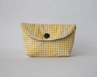 Pouch or small wallet imprimepetits knots, saffron yellow cotton