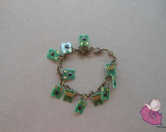 BRACELET GREEN HAIR CLIPS - GREEN COLLECTION 10-11