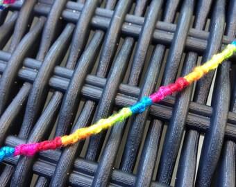 Bracelet screws multicolor