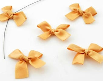 9 to put on or hang on any medium 29x23mm satin bows