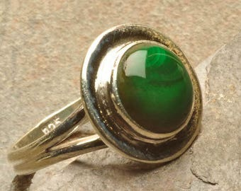 Malachite and Sterling Silver 925 size 57 round ring