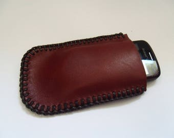 Leather pocket for cell phone or MP3 player