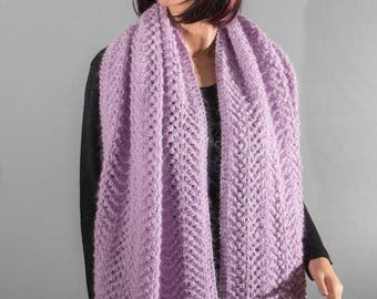 Shawl or light purple wool scarf, knitted, openwork dots