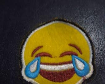 Laugh emotij iron on embroidery patch