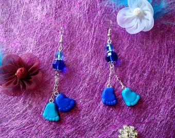 Earrings blue feet