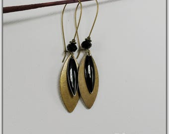 Earrings bronze and enameled black sequin, shuttle, black and bronze