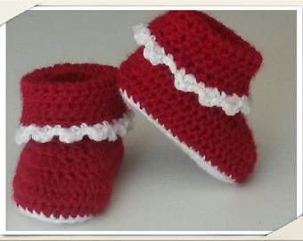 Burgundy baby boots size 3 months