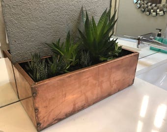 Copper garden box
