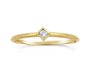 14K Yellow Gold Princess-Cut White Topaz Ring