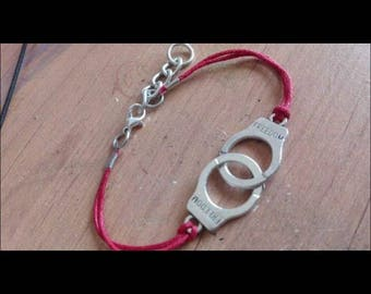 Handcuffed charm elastic bracelet