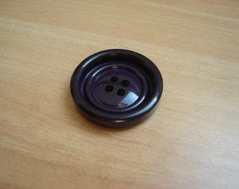 vintage purple round button