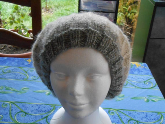 Mohair Beret Knitting Pattern : hand knit beret acrylic wool and mohair in a pretty pattern
