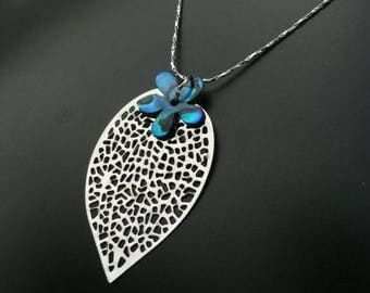 YU Silver Blue Pearl Necklace