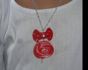Necklace sugar round red and white polymer clay