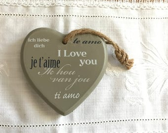 "Grey wood 6-heart ""I love you"""