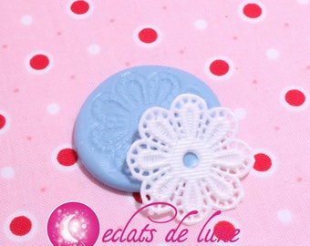 Lace textured 30mm silicone mold