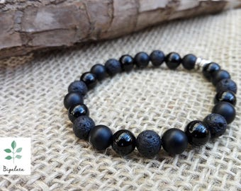 Unisex bracelet in volcanic Lava and Onyx.