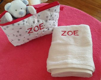 Case of arrangement business baby quilted embroidered baby's name and matching towel
