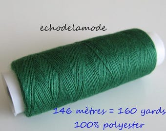 Spool of thread sewing forest green 146 m 100% polyester