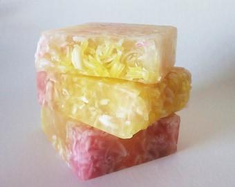 Soap with lavender and lemon shavings - Handmade soap - Glycerin soap - Vegan - Gift for her - Wedding detail - Natural soap - Aromatic