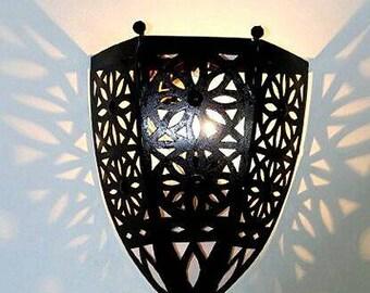 APPLIES Moroccan wrought iron