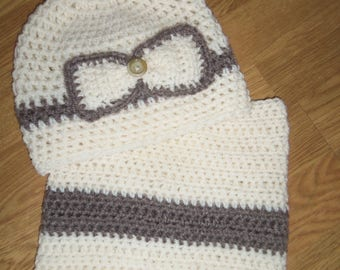 Set hat and Snood in ecru color