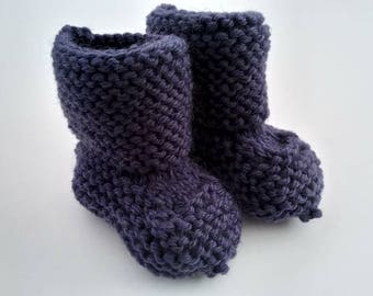 Baby Knitted Boots, Hand Knit baby booties, Knitted Baby Clothes, 0-3months, Baby socks, Baby Boots, Newborn Gift, Ready to ship