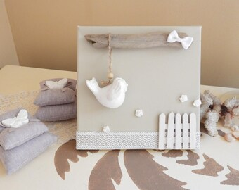 Country chic style table * white ceramic bird * Driftwood