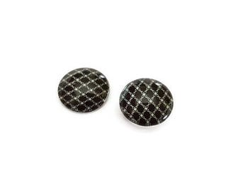 Glass pictured 2 x 12 mm cabochons