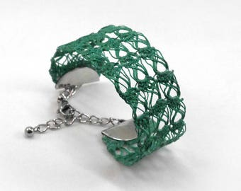 Lace Cuff Bracelet - green - crochet semi rigid