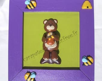 Decorative painting greedy bear and bees