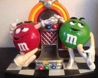 Collectible M&M's Rockin Roll Cafe Jukebox Candy Dispenser