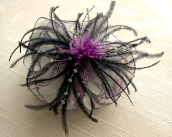 Small hair clip flower fabric & feathers and pearls 048