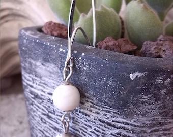 Modern earrings Pearl howlite